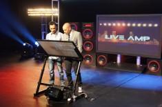 LIVEAMP (2013)